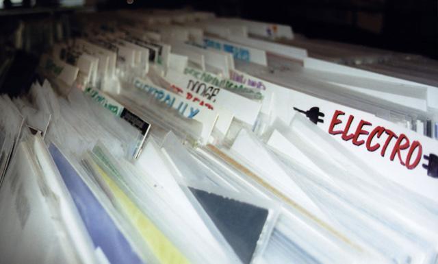 2006.02.08-clubkontext_platten-gema