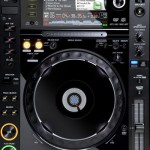 Pioneer CDJ-2000 Front