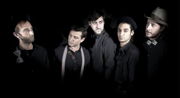 Das Highgrade Disharmonic Orchstra, bestehend aus den Labelchefs Todd Bodine und Tom Clark, sowie den Herren Philip Bader, Daniel Dreier und Dale.