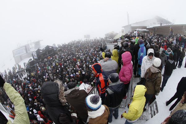 Rave on Snow 2009
