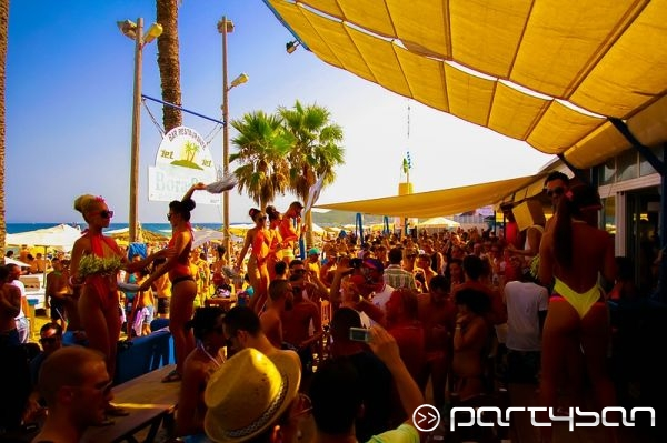Bora Bora Ibiza Crowd