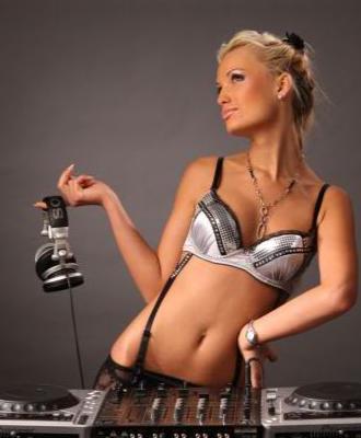 Sexy Girls DJs Clubkontext 3