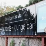 Die Einfahrt zum Boutique Hostal SalinasBoutique Hostal Salinas